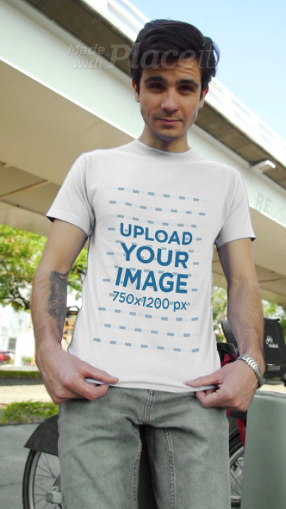 T-Shirt Video of a Man Under an Elevated Railway 3610v