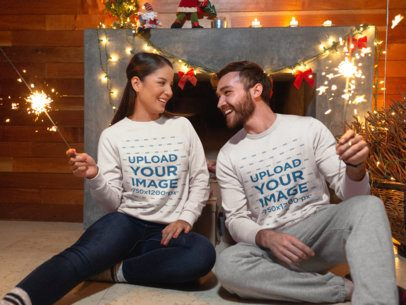 Sweatshirt Mockup of a Couple with Sparklers Celebrating Christmas 18056