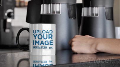 11 oz Magic Mug Video of a Man Waiting for His Coffee 31574