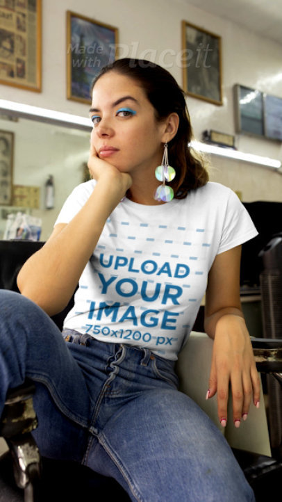 T-Shirt Video in Stop Motion of a Woman in a Vintage Room 22713