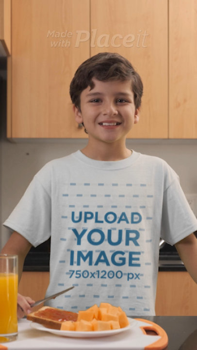 T-Shirt Video of a Boy Preparing Toast 32327
