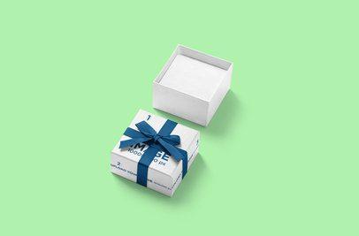 Mockup of an Open Gift Box 3483-el1