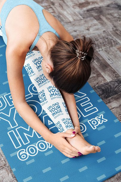 Yoga Mat Mockup of a Woman Wearing Sublimated Leggings 37229-r-el2