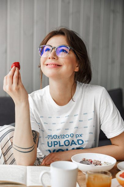 T-Shirt Mockup of a Woman With Glasses Eating Breakfast 39553-r-el2