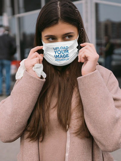 Face Mask Mockup Featuring a Woman on the Street 44281-r-el2