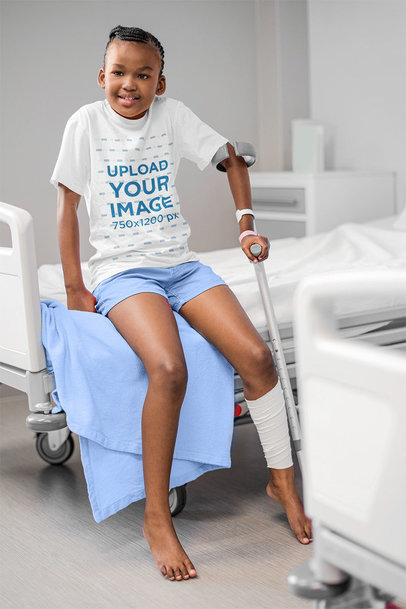 T-Shirt Mockup Featuring a Girl in the Hospital 41914-r-el2