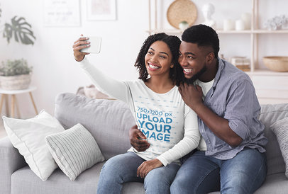 Long Sleeve Tee Mockup of a Happy Couple Taking a Selfie at Home 41035r-el2