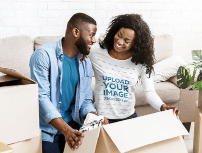 Long Sleeve Tee Mockup of a Woman Unpacking With Her Husband m4154-r-el2