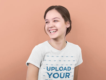 V-Neck T-Shirt Mockup Featuring a Young Girl with a Big Smile 40515-r-el2